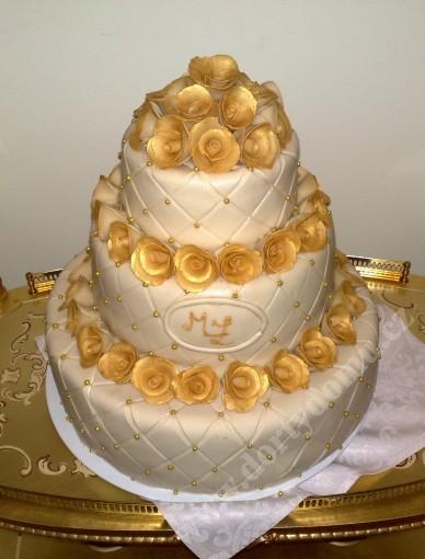 2svatebni-dort-zlaty.jpg