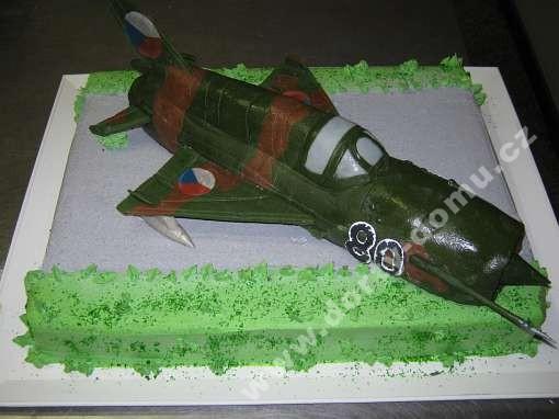 alt52-dort-vojensky-bombarder.jpg