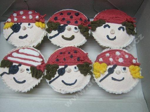 cupcake-piratske-motivy.jpg