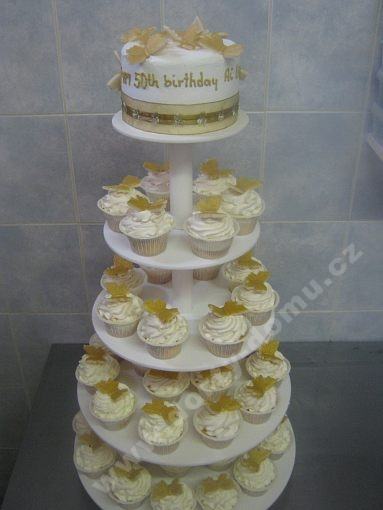cupcake-sestava-motylci-zlate.jpg