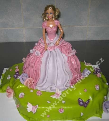 depa21-dort-barbie-marcipanova-na-kvetinove-louce_f5b32.jpg