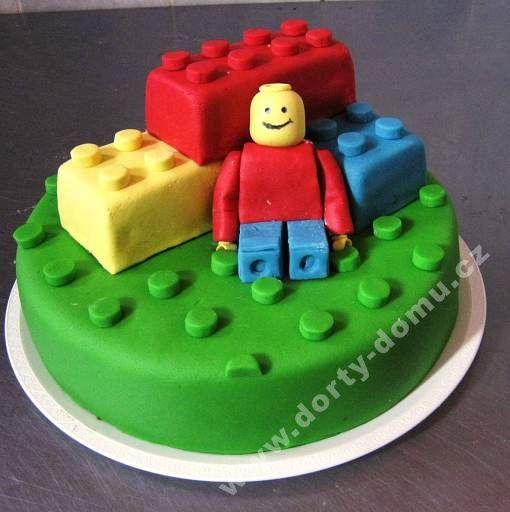 deru106-dort-lego-figurky.jpg