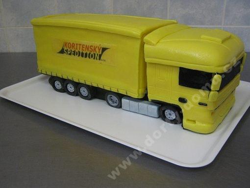 dort-auto-kamion-zluty.jpg