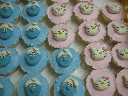 dort-cupcake-s-marcipanovymi-motivy.jpg