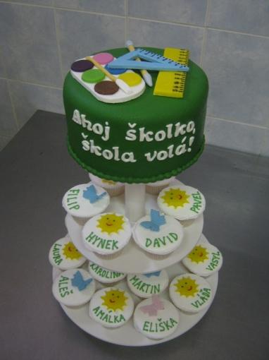 dort-cupcake-skolka-rozlucka_6ly1w.jpg