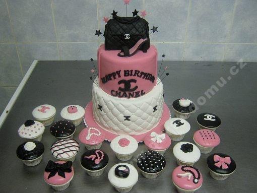 dort-kabelka-cupcake-marcipan.jpg