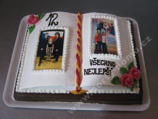 dort-kniha-otevrina-s-fotografiemi.jpg