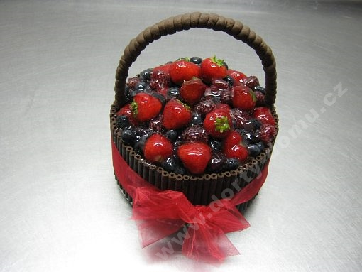 dort-kosik-ovoce-cokolada-marcipan.jpg