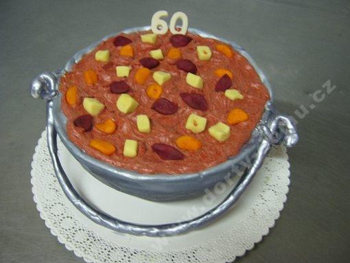 dort-kotlik-gulas.jpg