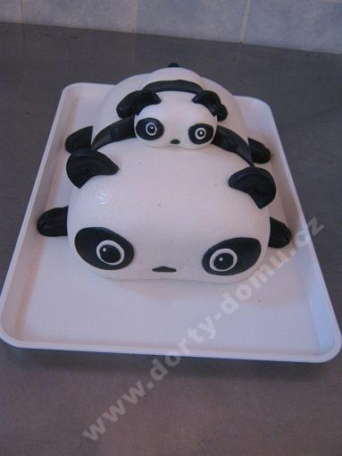 dort-panda--s-mladetem.jpg