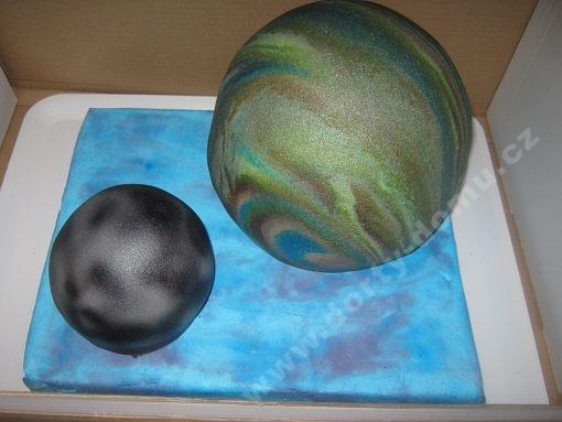 dort-planeta-zeme-mesic.jpg