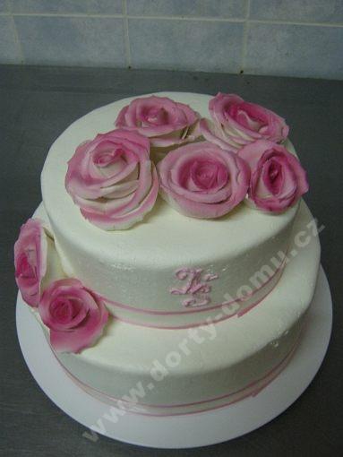 dort-romanticky-dvoupatrovy.jpg