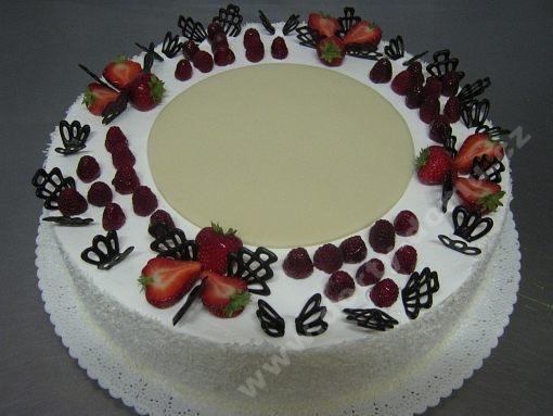 dort-s-ovocem-a-cokoladovym-dekorem.jpg