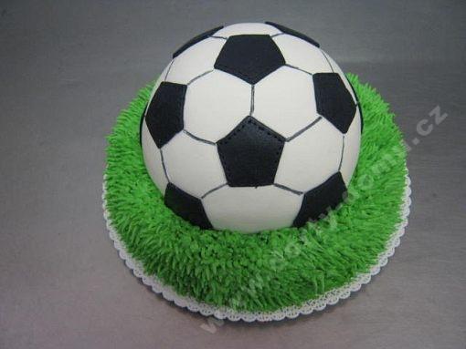 dort-sport-fotbal-mic-v-marcipanu.jpg