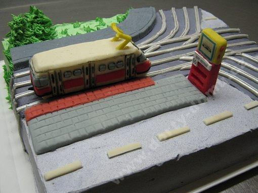 dort-tramvaj-krizovatka-koleje.jpg