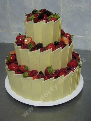 dort-tripatrovy-s-ovocem-platky-belgicka-cokolada.jpg