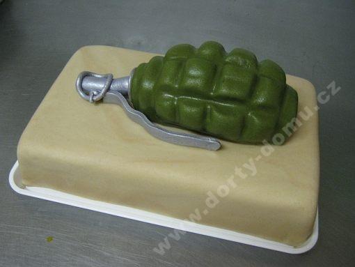 dort-vojensky-granat-marcipan.jpg