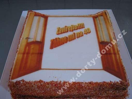 fot50-dort-s-jedlou-fotografii-a-vtipem.jpg
