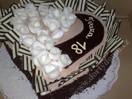 la22-dort-srdce-s-belgickou-cokoladou-a-ruzemi.jpg