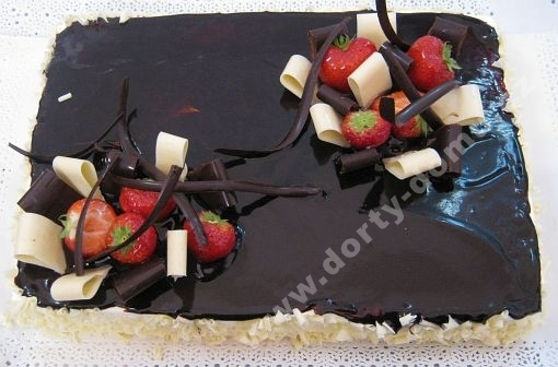 na57-exkluzivni-dort-z-horke-cokolady-s-jahodami_lgnx7.jpg