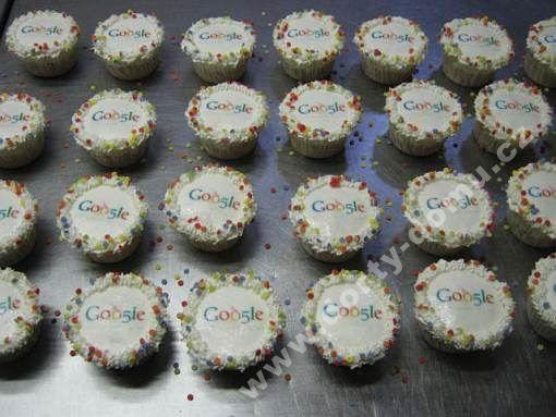 ps49-cupcakes-s-logem.jpg