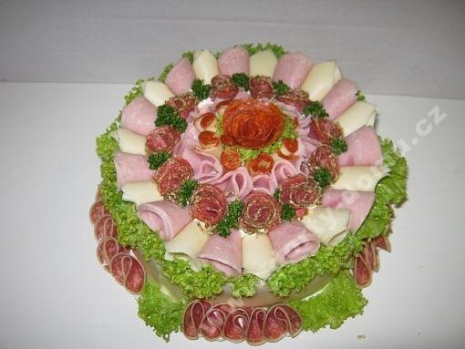 sd29-slany-dort-s-trojkombinaci-zdobeni-a-salatkem.jpg