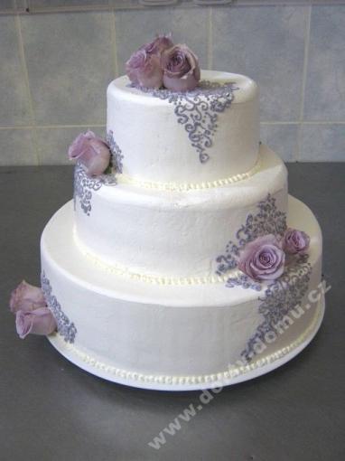 svp136-svatebni-dort-lila-design.jpg