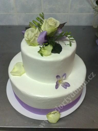 svp90-svatebni-dort-lila-rose.jpg