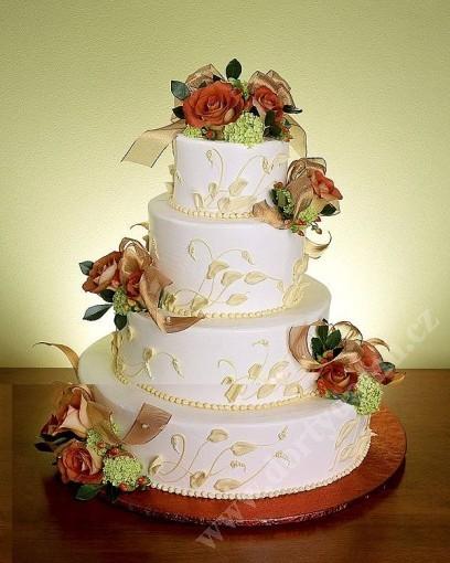 svp91-svatebni-dort--s-tonovanymi-listy-a-kvety.jpg