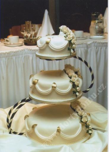 svpl15-svatebni-dort-gold.jpg