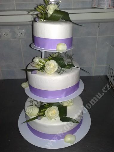 svpl25-svatebni-dort-lila-rose.jpg