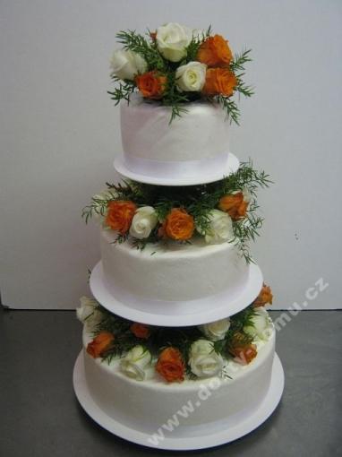 svpl28-svatebni-dort-s-kombinaci-ruzi-v-mezipatrech.jpg