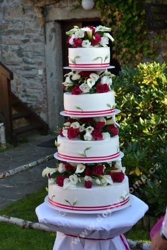 svpl29-svatebni-dort-exclusiv-kvety.jpg