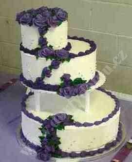 svr05-svatebni-dort-s-kontrastnim-dekorem.jpg