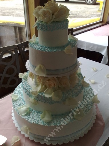 svr07-svatebni-dort-mare.jpg