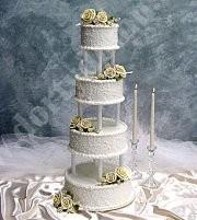 svr20-svatebni-dort-bily-s-reckymi-sloupy.jpg