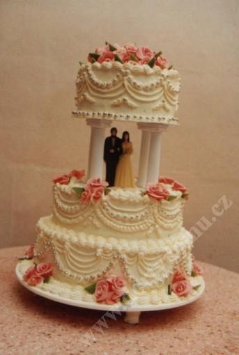 svr24-svatebni-dort-tradicni.jpg