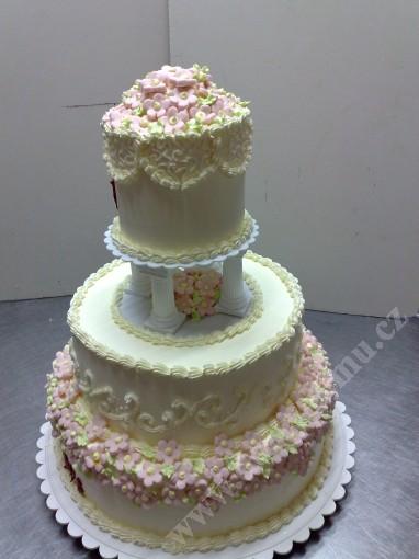 svr27-svatebni-dort-s-drobnymi-kvitky-z-marcipanu.jpg