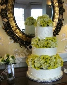 svs05-svatebni-dort-plny-kopretin.jpg