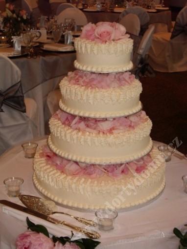 svs18-svatebni-dort-s-ruzovymi-listky.jpg