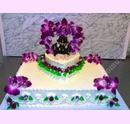 svj01-svatebni-dort-ctverec-orchidei.jpg