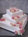 svp125-svatebni-dort-poschodove-ctverce-barbie.jpg
