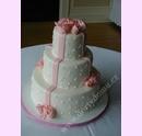 svp16-svatebni-dort-s-marcipanovou-stuhou.jpg