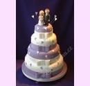 svp68-svatebni-dort-fialovobily-v-marcipanu.jpg