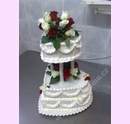 svr11-svatebni-dort-srdce-s-zivymi-kvety.jpg