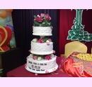 svs08-svatebni-dort-s-jemnym-dekorem.jpg
